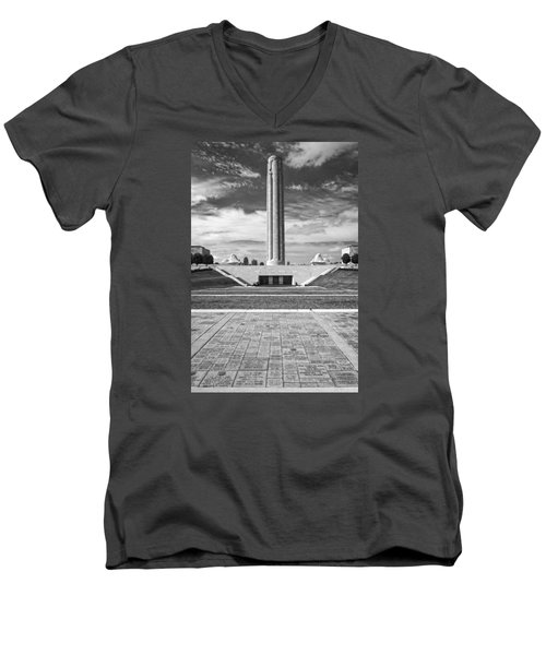 World War I Memorial And Museum Men's V-Neck T-Shirt