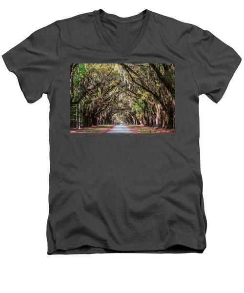 Wormsloe Plantation Oaks Men's V-Neck T-Shirt