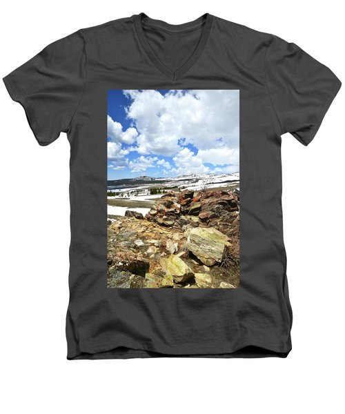 Wyoming's Big Horn Pass Men's V-Neck T-Shirt
