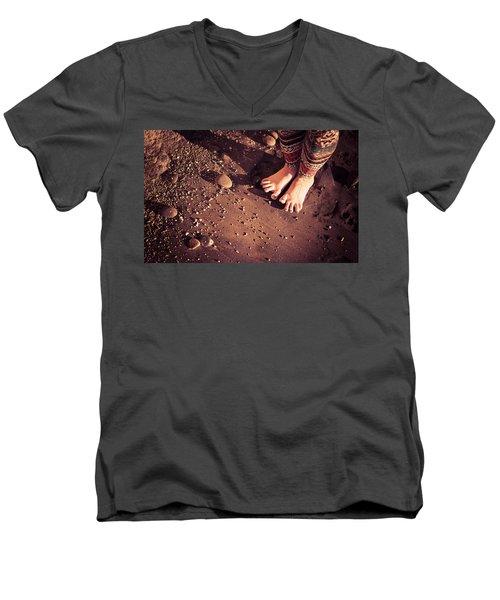Yogis Toesies Men's V-Neck T-Shirt