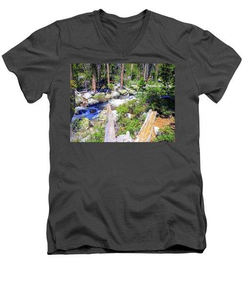 Yosemite 4 Men's V-Neck T-Shirt