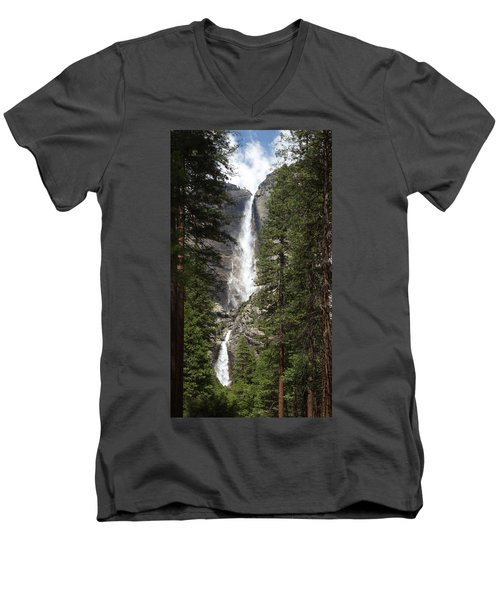 Yosemite Falls Men's V-Neck T-Shirt