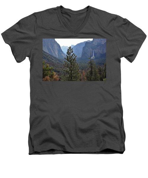 Yosemite Valley - Tunnel View Men's V-Neck T-Shirt
