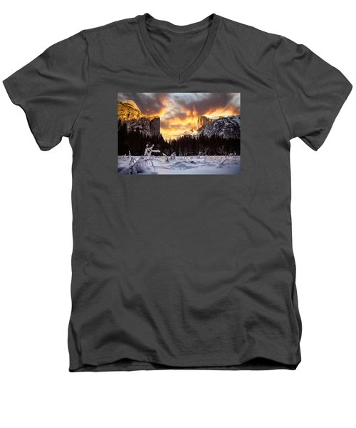 Yosemite Valley Men's V-Neck T-Shirt