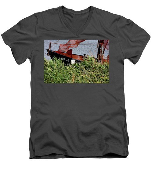 Men's V-Neck T-Shirt featuring the photograph Zuiderzee Boat by KG Thienemann