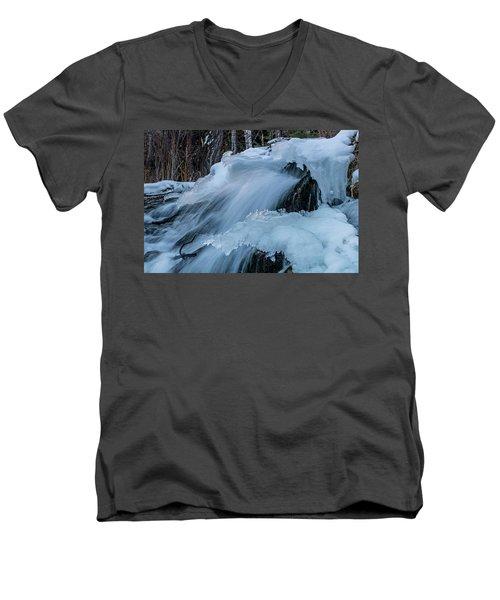 Big Hills Springs Under Snow And Ice, Big Hill Springs Provincia Men's V-Neck T-Shirt