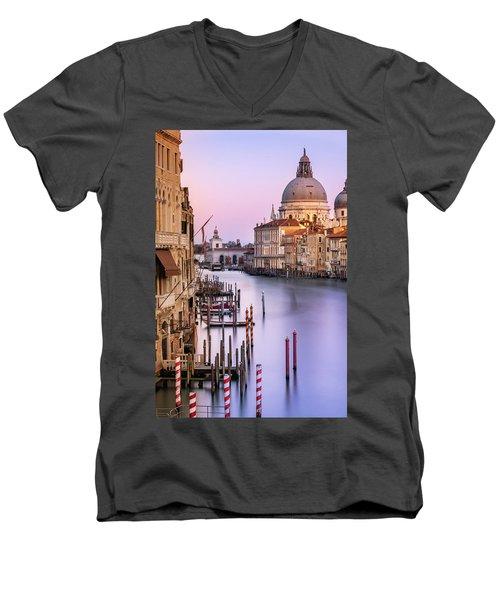 Evening Light In Venice Men's V-Neck T-Shirt