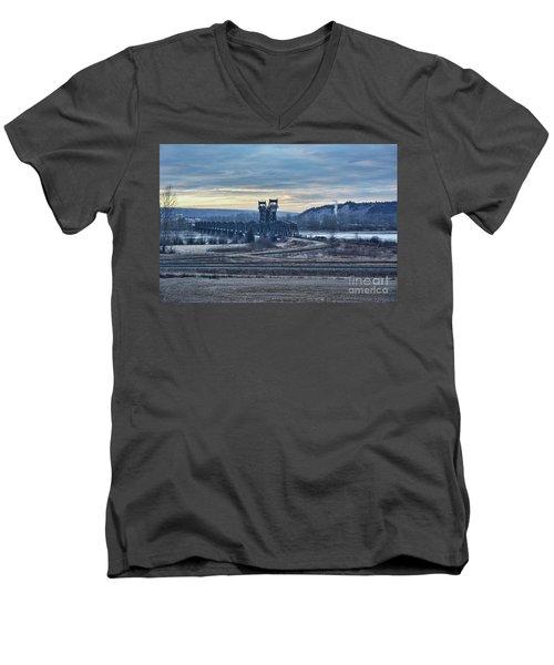 Grand Trunk Pacific Railway Men's V-Neck T-Shirt