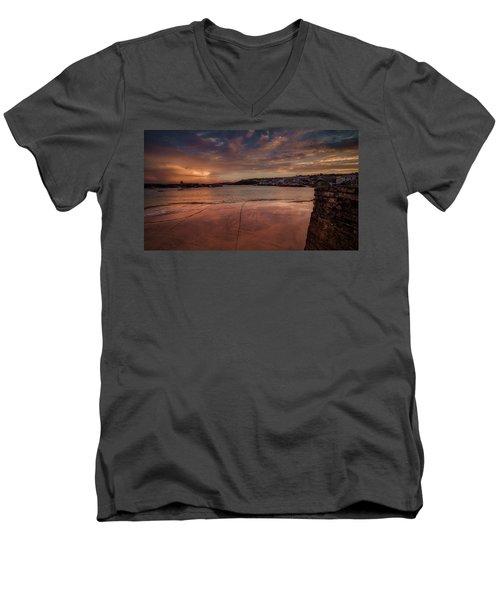 Harbour Sunset - St Ives Cornwall Men's V-Neck T-Shirt