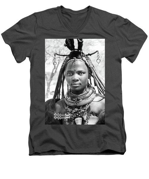 Himba Girl Men's V-Neck T-Shirt