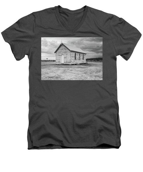 Little Paddocks Chapel Men's V-Neck T-Shirt