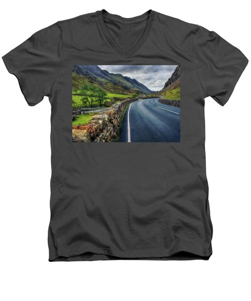 Llanberis Pass  Men's V-Neck T-Shirt
