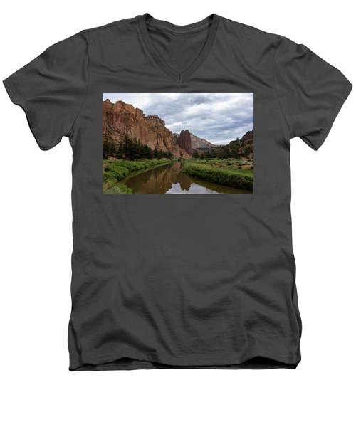 Smith Rock Reflections Men's V-Neck T-Shirt