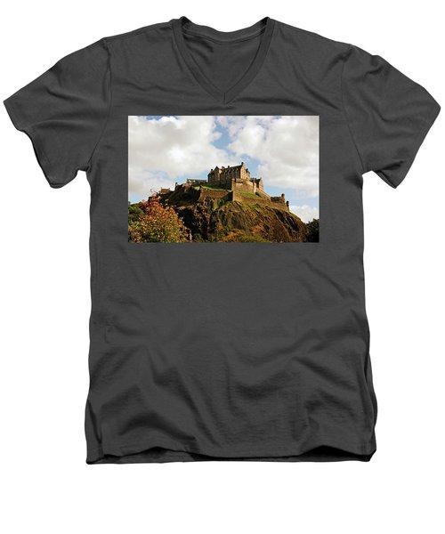 19/08/13 Edinburgh, The Castle. Men's V-Neck T-Shirt