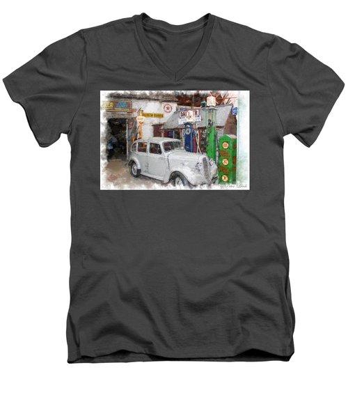 1950s Garage Men's V-Neck T-Shirt
