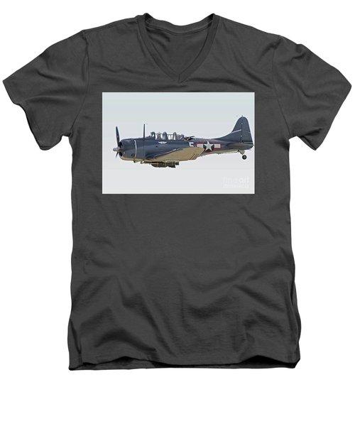 Vintage World War II Dive Bomber Men's V-Neck T-Shirt