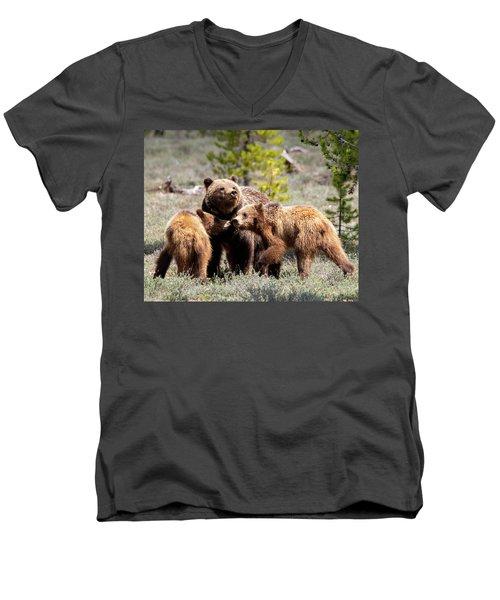 399 And Cubs Men's V-Neck T-Shirt