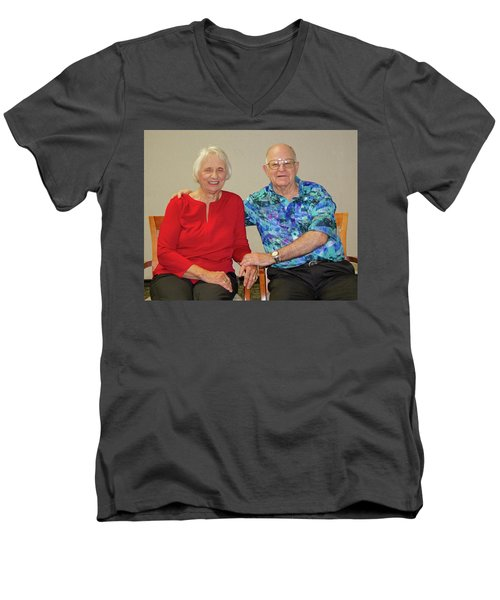 Family Portrait Men's V-Neck T-Shirt