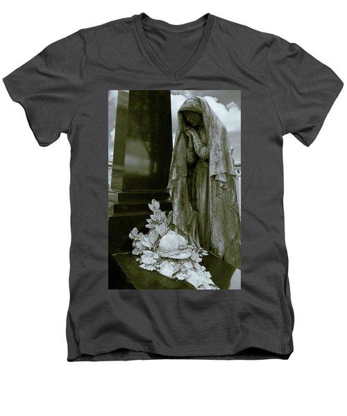A Soliders Grave Men's V-Neck T-Shirt