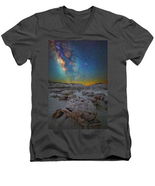 Alien Bonus Men's V-Neck T-Shirt