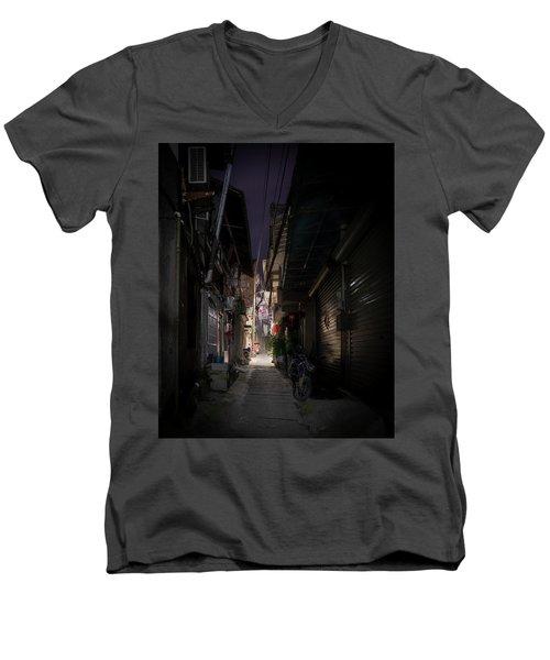 Alleyway On Old West Street Men's V-Neck T-Shirt