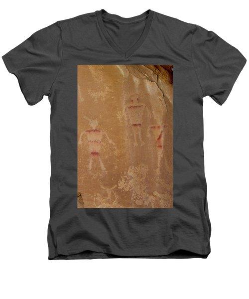 Alliens Men's V-Neck T-Shirt