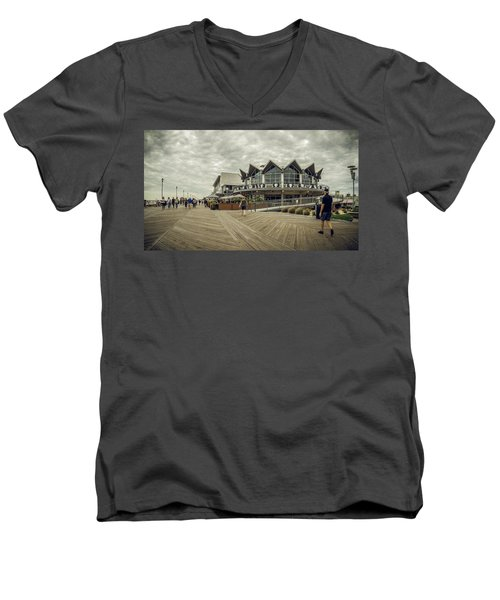 Asbury Park Boardwalk Looking South Men's V-Neck T-Shirt