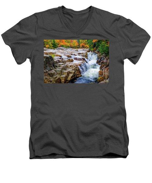 Autumn Color At Rocky Gorge Men's V-Neck T-Shirt