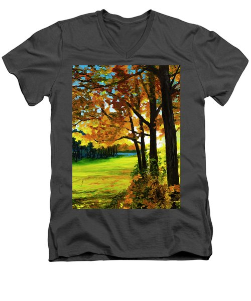 The Sun Will Rise With Healing In His Wings Men's V-Neck T-Shirt