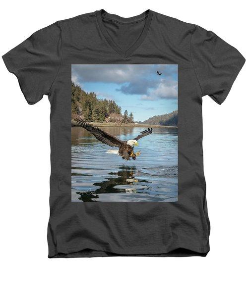 Bald Eagle Fishing In Sadie Cove Men's V-Neck T-Shirt