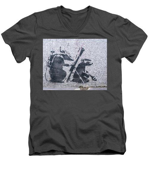 Banksy Bazooka Rats Men's V-Neck T-Shirt