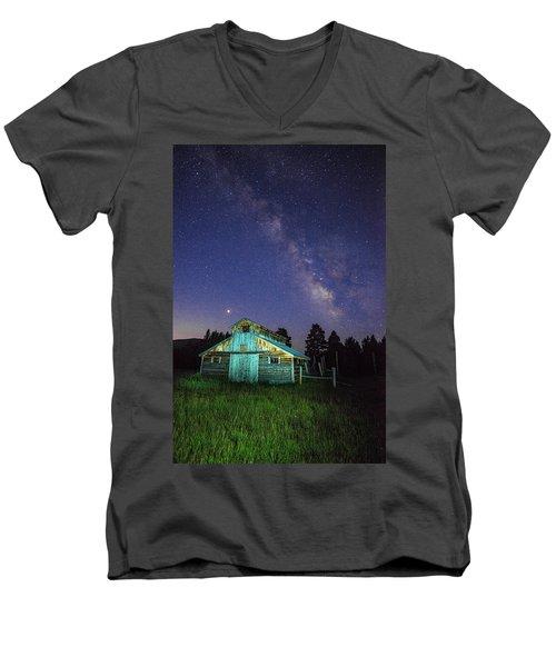 Barn In Rocky 2 Men's V-Neck T-Shirt