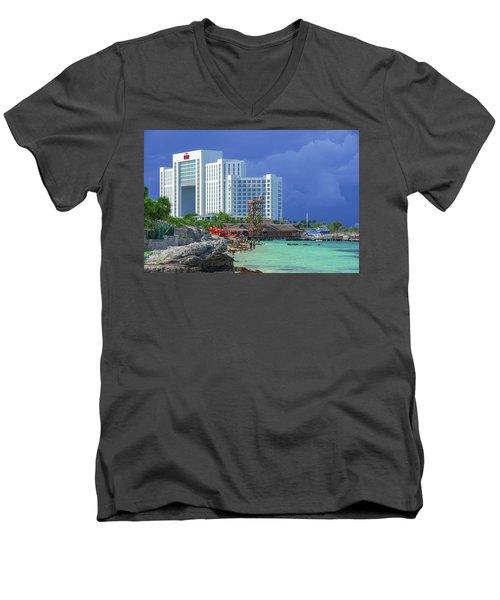 Beach Life In Cancun Men's V-Neck T-Shirt