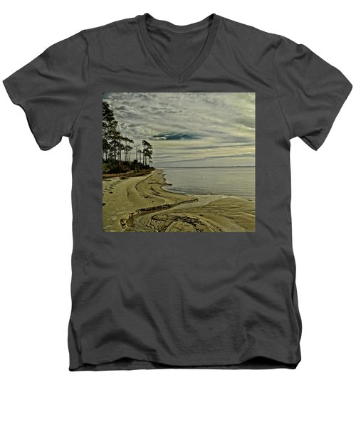 Beach Sunrise Men's V-Neck T-Shirt