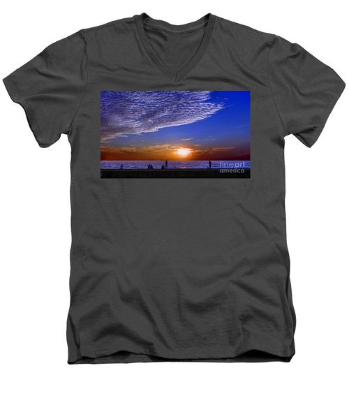 Beautiful Sunset With Ships And People Men's V-Neck T-Shirt