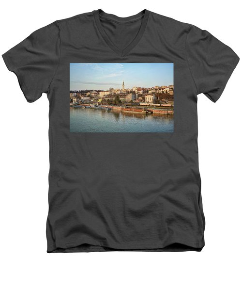 Belgrade Cityscape Men's V-Neck T-Shirt