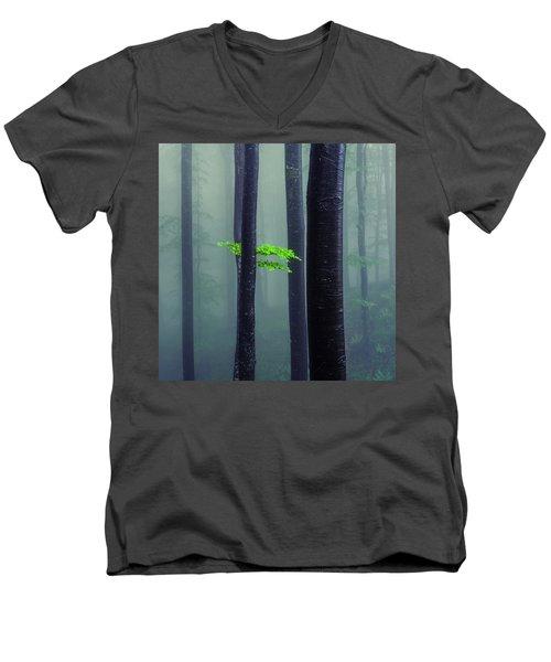 Bit Of Green Men's V-Neck T-Shirt