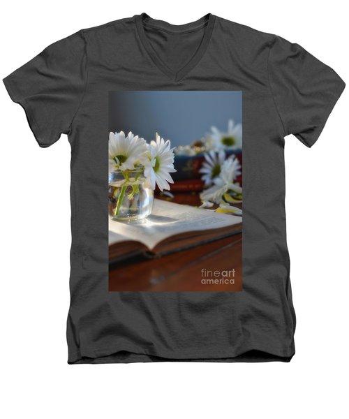 Bloom And Grow - Still Life Men's V-Neck T-Shirt