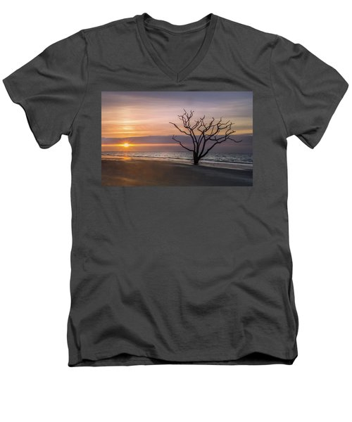 Botany Bay Sunrise Men's V-Neck T-Shirt
