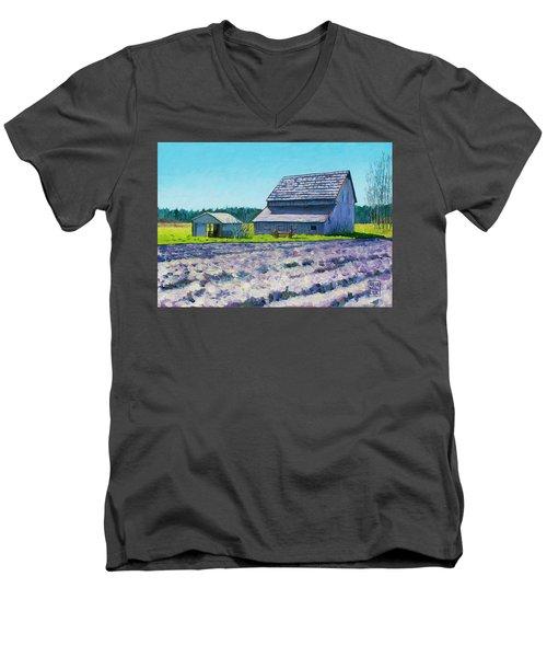 Boyer Barn Men's V-Neck T-Shirt