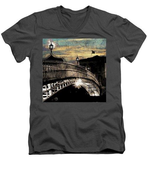 Bridge IIi Men's V-Neck T-Shirt