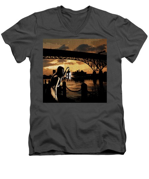 Bridge Iv Men's V-Neck T-Shirt