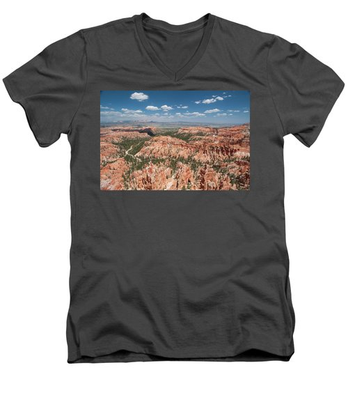 Bryce Canyon Trail Men's V-Neck T-Shirt