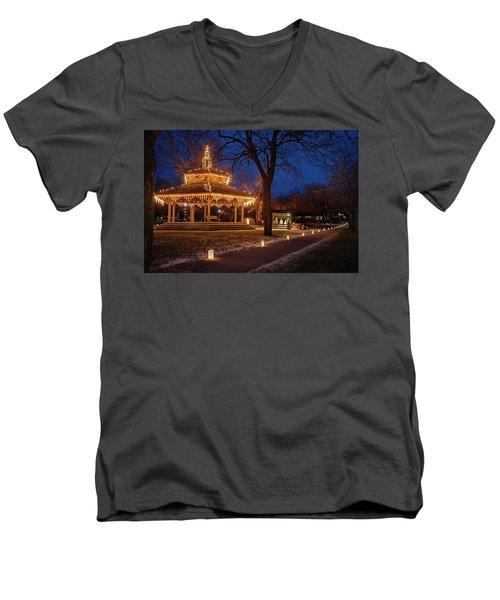 Christmas Eve In Dexter Men's V-Neck T-Shirt