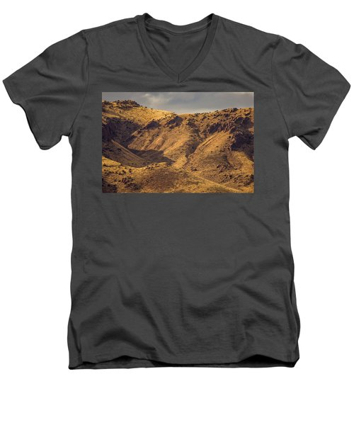 Chupadera Mountains Men's V-Neck T-Shirt