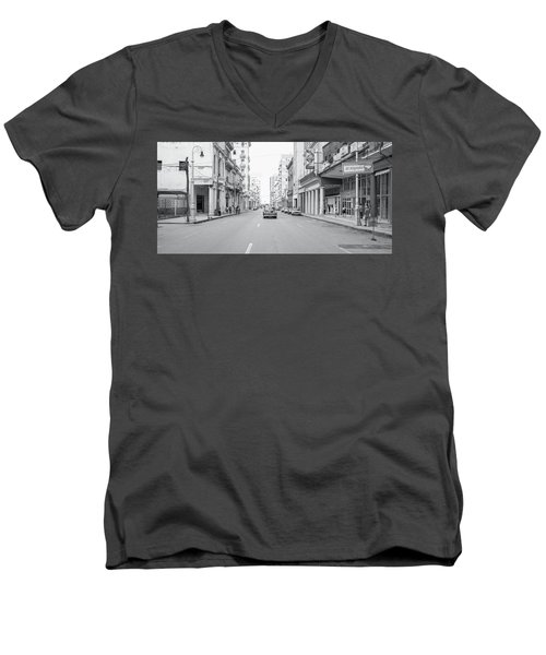 City Street, Havana Men's V-Neck T-Shirt