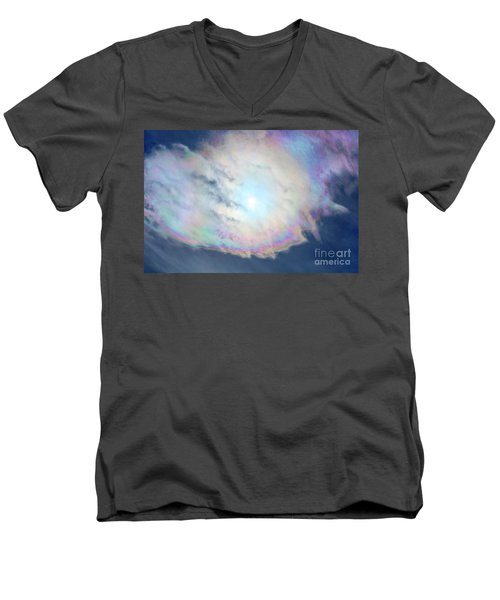 Cloud Iridescence Men's V-Neck T-Shirt