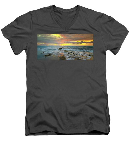 Colorful Morning Sky And Sea Men's V-Neck T-Shirt
