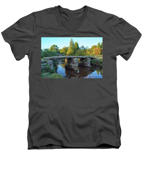 Dartmoor Clapper Bridge Men's V-Neck T-Shirt