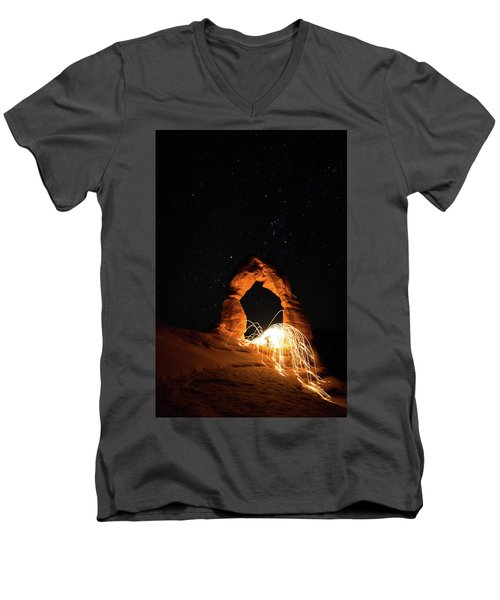 Delicate Arch Steel Wool Men's V-Neck T-Shirt